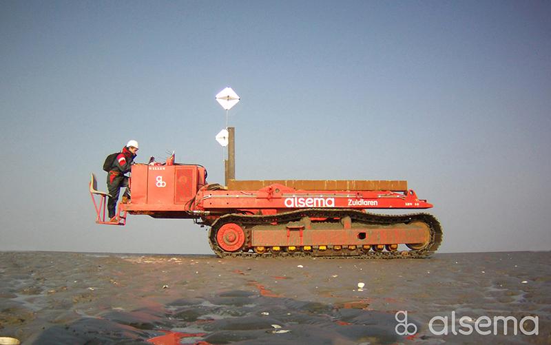 Aanleg 220kV submarine kabels op het wad nabij de Eemshaven